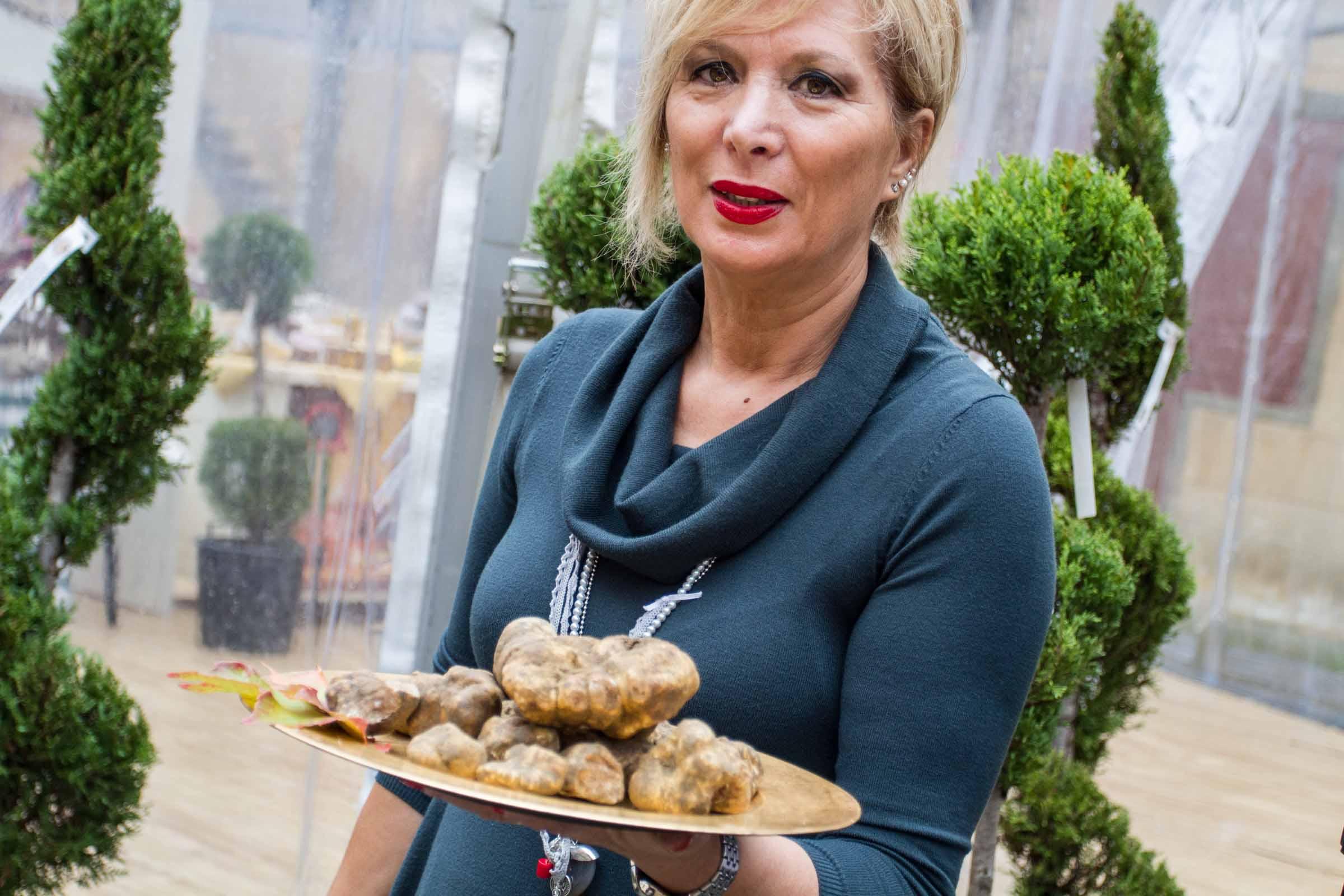 gazzarrini tartufi di san miniato gloria con tartufi