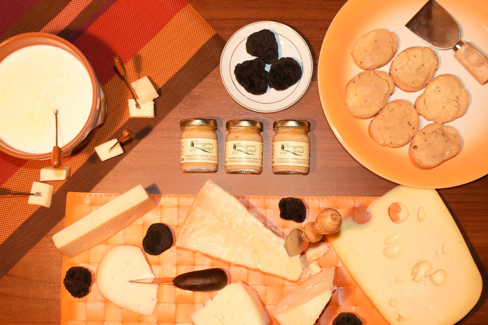Crema 4 formaggi e tartufo; Parmigiano, Fontal, Emmenthal, Italico; tartufi di San Miniato; Gazzarrini Tartufi; Tartufi;